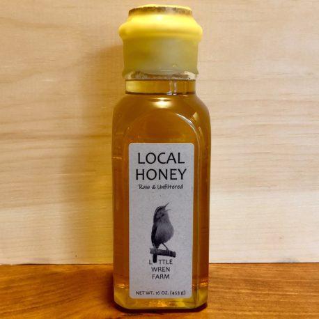 16 oz. Muth jar filled with Little Wren Farm raw honey